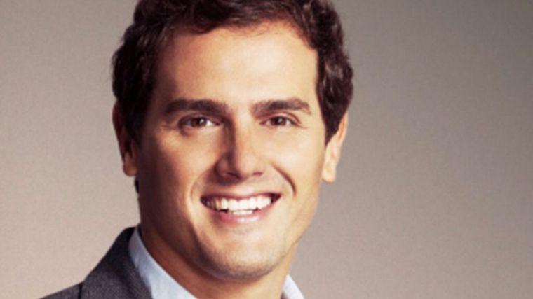 Rivera recuerda a Rajoy su obligaci�n tras la decisi� del Rey
