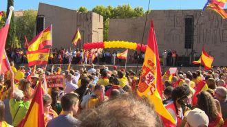 Multitudinaria concentración en Colón para clamar por la defensa de la Constitución y de la unidad de España