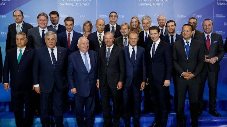 Casado busca en la Europa del PPE reforzar su imagen de líder político