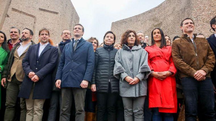 Fracasan Casado y Rivera frente a Sánchez