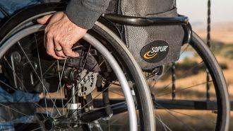Cómo comprar o alquilar la silla de ruedas que mejor se adapte al usuario