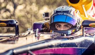 Carlos Sainz busca asiento en la F1 para 2015
