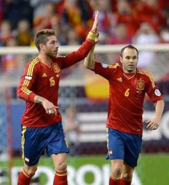 Ramos, Iniesta y Diego Costa, finalistas al FIFA Balón de Oro