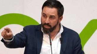 Abascal contra los 'lobbies' LGTB: 'Dan cabida a comunistas' que 'persiguen a homosexuales'