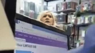 Denuncian comentarios racistas al trabajador de una tienda: 'Vete a tu país de mierda'
