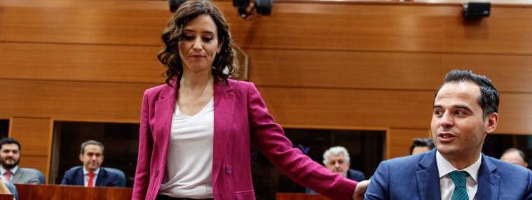 Ayuso y Aguado echan más leña a su resquebrajada alianza de Gobierno