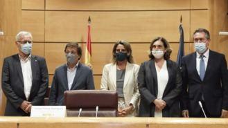 El alcalde de S. M. de la Vega gana el sorteo a Disneylan del Ayuntamiento