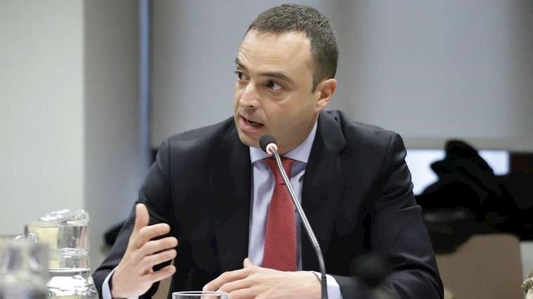 González (PSOE) deja la dedicación exclusiva como edil y se incorpora al Ministerio de Sanidad