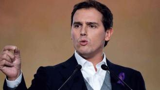 Rivera se abre a pactos con el PSOE en ayuntamientos y comunidades, salvo en Madrid