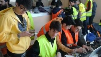 Alumnos del IES El Burgo ganan el concurso de satélites de lata de ESA