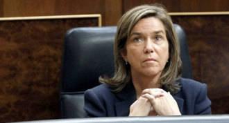 """La dimisión de Mato, otra vez señalada en el Gürtel, un """"alivio"""" para Rajoy"""