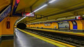 Cerrados los andenes de la L-4 de la estación de Bilbao hasta septiembre