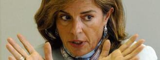 A Botella le dan el turrón: Condenada por la venta de pisos a `fondos buitre´