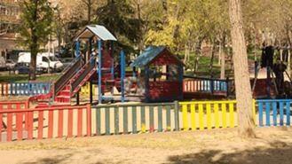 El Ayuntamiento reabre otras 42 áreas infantiles, la desinfección será diaria