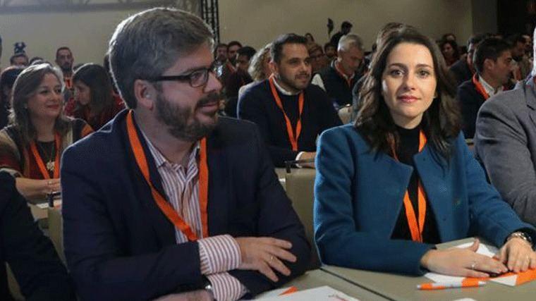 La salida de Fran Hervias agudiza la crisis interna en Cs y pone en jaque a Arrimadas