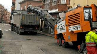 Arranca la seguna fase del plan asfaltado que afecta a siete calles de la localidad