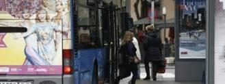 Ayuntamiento acusa al Consorcio de no cambiar horario de los autobuses