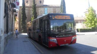 Los autobuses urbanos que pasan por el casco histórico cambian su recorrido