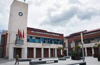 El Ayuntamiento propicia a 68 estudiantes su primer contacto laboral
