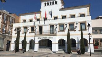 El Ayuntamiento reclasificará los grupos de funcionarios tras acuerdo con sindicatos