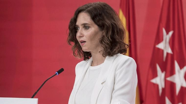 Ayuso tilda la descentralización de Sánchez de