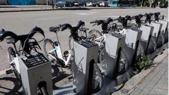 BiciMAD llega a Ciudad Universitaria con tres bases que funcionan con energía solar
