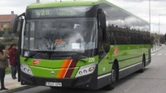 Afectados por la suspensión de las paradas de bus en la A6 piden su restablecimiento