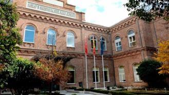 Más Madrid da a conocer a los vecinos las 'irregularidades' del parking del Hospital Niño Jesús