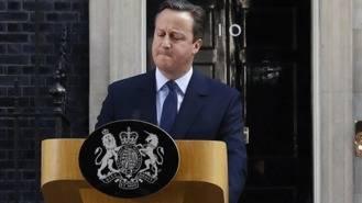 Cameron dimite tras el triunfo del Brexit, el nuevo primer ministro se designará en octubre