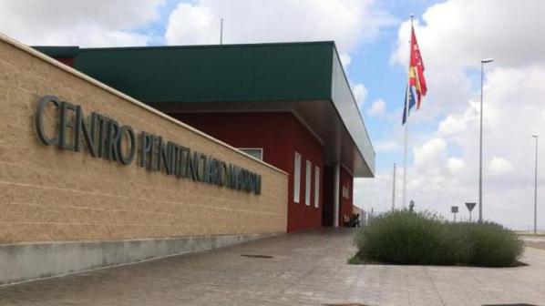 Defensor del Pueblo recoge quejas de malos tratos en la cárcel de Estremera