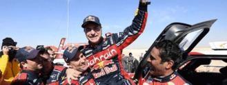 Carlos Sainz conquista a los 57 años su tercer Dakar