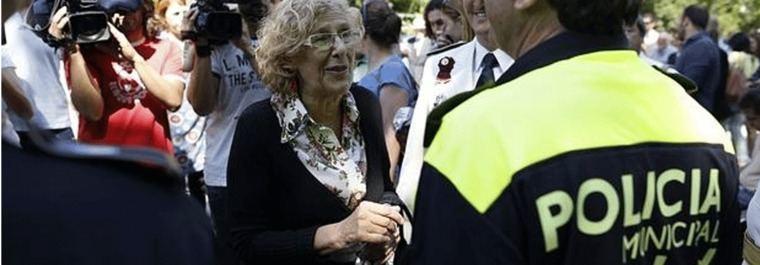 Carmena apoya la querella de Barbero por las bajas policiales del Orgullo