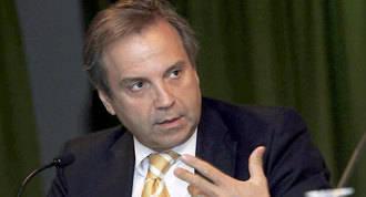 Carmona carga contra el 'excéntrico' nombramiento de Monteagudo