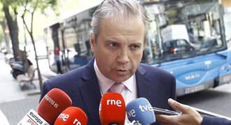 Carmona dice que reprobará la web Versión Original si no cambia