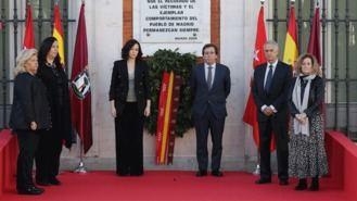 Dieciseis años del 11 M: Madrid recuerda a las víctimas en Sol
