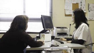El nuevo horario de consultas de los centros de salud se aplicará en fase piloto desde enero