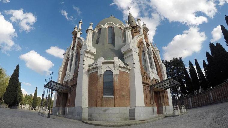 La Funeraria Municipal ofrece ceremonias de despedida por videoconferencia, laicas o religiosas