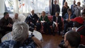 Cifuentes asiste a la inauguración del Proyecto 'Padre Arrupe'