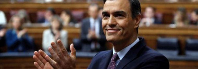 El CIS de Tezanos relanza a Sánchez y castiga a Casado