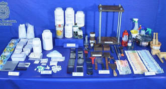Desmantelan un laboratorio de adulteración de cocaína en Alcalá