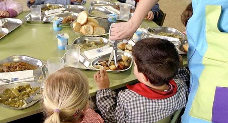 Abierto un comedor escolar en verano para familias sin recursos