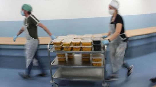 La CAM distribuye desde hoy comida en 164 puntos para 8.200 escolares