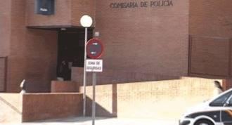 5 jóvenes pillados `in fraganti´cuando robaban en un comercio