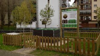 Inaugurado un área de compostaje comunitario en el Barrio Los Rosales