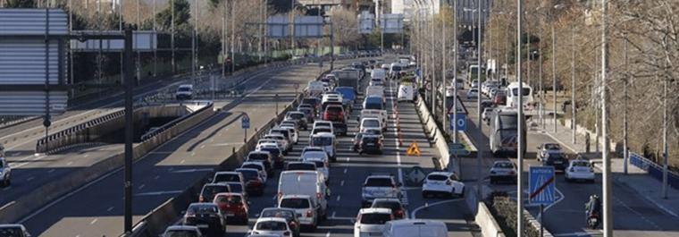 Garrido lanza su propio plan para reducir el tráfico de la capital