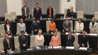 El PP enfrenta el último Pleno con 19 ediles, tras la fuga de Henríquez de Luna y Martínez-Vidal