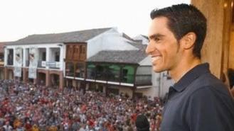 Pinto despide a Contador con un homenaje 'multitudinario'