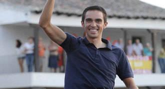 Recibimiento y homenaje a Contador tras vencer en el Giro