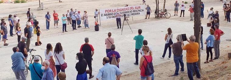 Clamor contra el parking de San Fermín: Los vecinos reclaman un IES