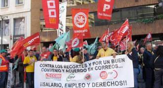 Segunda jornada de huelga de carteros para protesta por los recortes